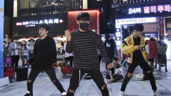 K-Pop Wannabes Strut the Streets of Seoul