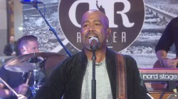 See country crooner Darius Rucker perform the classic hit 'Wagon Wheel' live on TODAY
