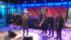 Watch Kelly Clarkson perform 'Meaning of Life' live on TODAY
