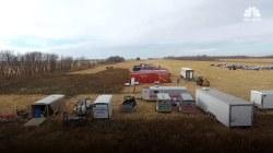 Keystone pipeline leaks 200,000 gallons of oil