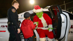 Boy's 911 call saves Christmas from Grinch