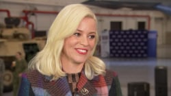 Elizabeth Banks talks about 'Pitch Perfect 3,' entertaining US troops