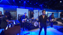 Watch Anderson East perform 'All on My Mind' live on TODAY