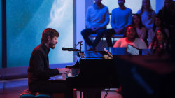 Watch Chris Janson perform 'Drunk Girl' live on Megyn Kelly TODAY