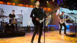 Country singer Devin Dawson performs new single 'All on Me' live on TODAY