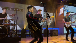 Country singer Devin Dawson performs 'Asking for a Friend' live on TODAY