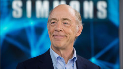 J. K. Simmons talks about his dual roles in sci-fi series 'Counterpart'