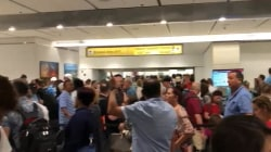 Computer outage at US customs causes massive delays at airports