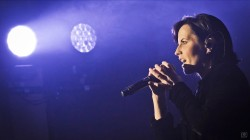 Fans mourn sudden death of Cranberries singer Dolores O'Riordan at 46