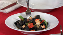 Make black rigatoni pasta and chocolate mousse for Valentine's Day