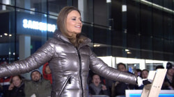 Watch Savannah Guthrie balance on an unsupported ladder
