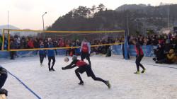 Could snow volleyball be a Winter Olympic sport? Natalie Morales weighs in