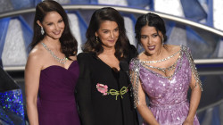 Hayek, Judd, Sciorra salute Time's Up movement at Oscars