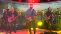 See Old Dominion perform 'Written in the Sand' live on TODAY