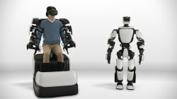 This humanoid robot can mimic human movement in real time