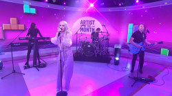 See Madilyn Bailey perform her hit song 'Tetris' live on TODAY