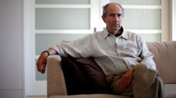 Pulitzer Prize winning author Philip Roth dead
