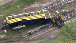 All new school buses should have seat belts, officials say