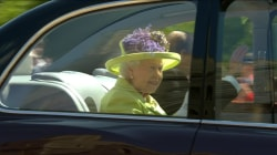 Queen Elizabeth, royal family enter chapel for royal wedding