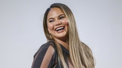 Chrissy Teigen shares first pic of new son with John Legend