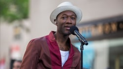 Aloe Blacc performs 'The Man' live on the TODAY plaza