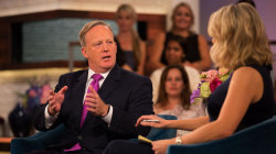 Megyn Kelly questions Sean Spicer about press briefings, inauguration, more