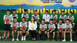 Thai soccer players, coach speak at news conference for 1st time since rescue