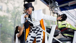 Janelle Monae performs 'Tightrope' live on TODAY