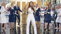 The 'Pretty Woman: The Musical' cast performs 'I Can't Go Back' live on the TODAY plaza