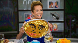 Kathie Lee and Hoda celebrate National Chocolate Chip Cookie Day