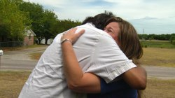 Wife of donor meets the man saved by her husband's heart