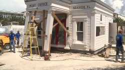 Historic Florida post office collapses during move