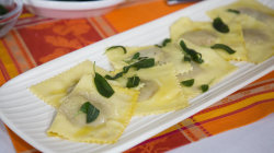 Make simple autumn ravioli by 2 'Top Chef Junior' competitors