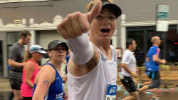 Man who was severely burned in a fire completes the Chicago Marathon