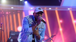 Jimmie Allen performs 'Like You Do' live on TODAY