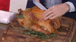 How to carve a Thanksgiving turkey: Bobby Flay demonstrates