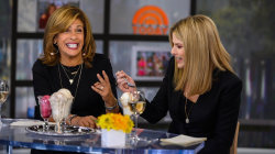 Thanksgiving-flavored ice creams?! Hoda and Jenna try them out
