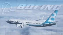 Boeing didn't warn of 737 MAX computer feature, pilots say