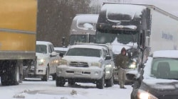 Snow storm wreaks havoc on East Coast, posing traffic disruptions