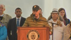 Tom Hanks, Michael Keaton honor synagogue shooting victims at Pittsburgh vigil