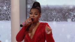 Watch Ashanti perform 'Sleigh Ride' live on TODAY