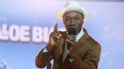 Aloe Blacc performs song off his holiday album
