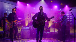 Hootie & the Blowfish perform 'Time' on TODAY