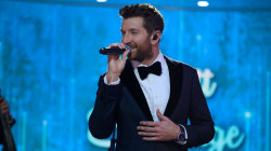 Watch Brett Eldredge sing 'Winter Wonderland' on TODAY