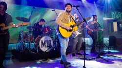 Watch Mitchell Tenpenny sing 'Drunk Me' live on TODAY