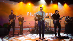 Watch Riley Green perform 'There Was This Girl' on TODAY