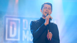 Watch Damian McGinty sing 'Saltwater' on TODAY