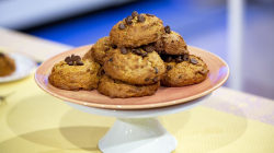 Samah Dada makes her healthier banana bread muffin tops