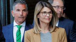 Lori Loughlin pleads not guilty in college admissions scam