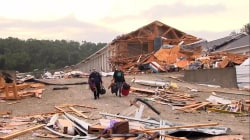 Missouri residents picking up after powerful tornado